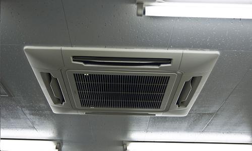 壊れたエアコンは大家に修繕する義務がある?