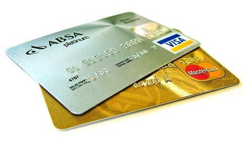 旦那名義のクレジットカードを勝手に使用した場合、支払い義務は誰にある?